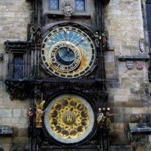 Орлой на ратуші в Празі, весільна церемонія в Празі, Весілля в Празі, Весілля в Чехії, Весільна церемонія в Чехії, весілля за кордоном, весільна церемонія за кордоном
