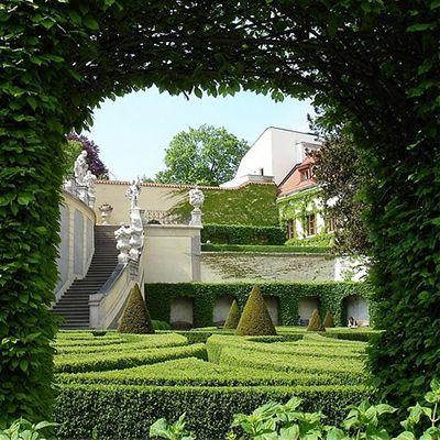Празькі палацові сади, ЮНЕСКО, Весілля в Чехії, Весільна церемонія в Чехії, весілля за кордоном, весільна церемонія за кордоном