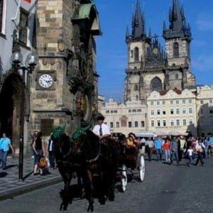 Староміська Ратуша, весільна церемонія в Празі, Весілля в Празі, Весілля в Чехії, Весільна церемонія в Чехії, весілля за кордоном, весільна церемонія за кордоном
