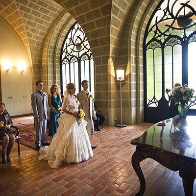 Замок Глубока, Чехія, Весілля в Чехії, Весільна церемонія в Чехії, весілля за кордоном, весільна церемонія за кордоном