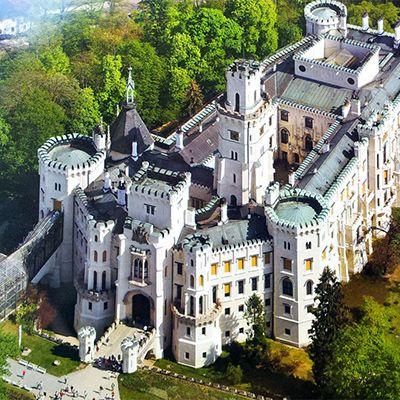 Замок Глубока над Влтавою, Чехія, Весілля в Чехії, Весільна церемонія в Чехії, весілля за кордоном, весільна церемонія за кордоном