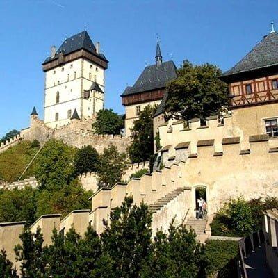 Замок Карлштайн в Чехії, Весілля в Чехії, Весільна церемонія в Чехії, весілля за кордоном, весільна церемонія за кордоном