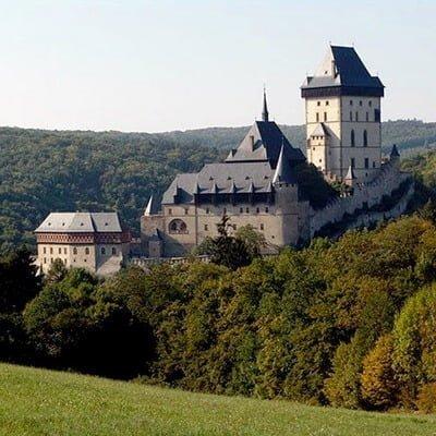 Замок Карлштайн, Весілля в Чехії, Весільна церемонія в Чехії, весілля за кордоном, весільна церемонія за кордоном
