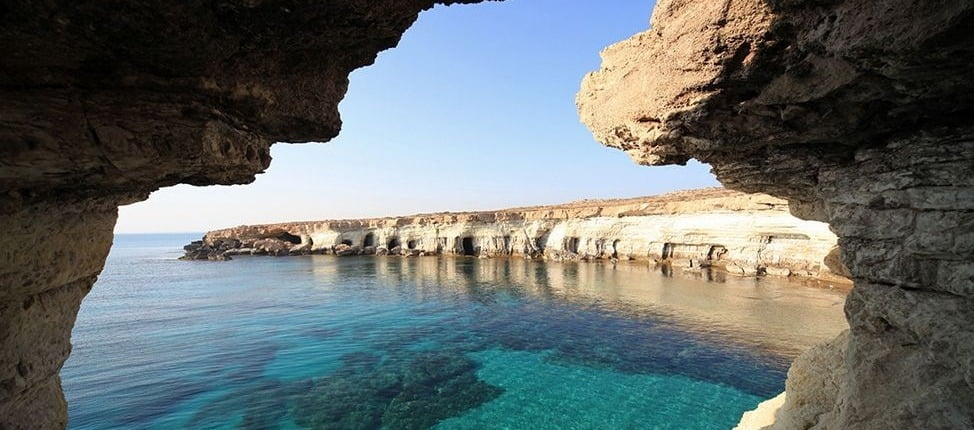 7 причин їхати на Кіпр взимку