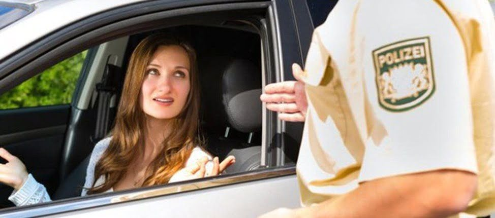 Незвичайні правила дорожнього руху у різних куточках світу