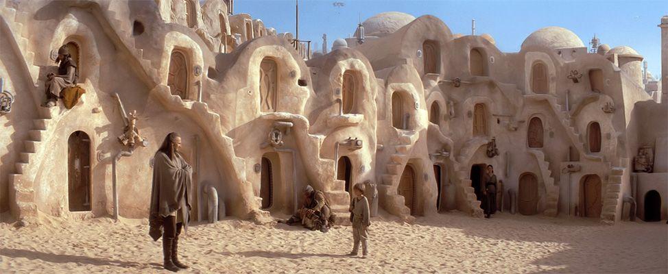Фантастичні пейзажі Зоряних війн в пустелі Тунісу