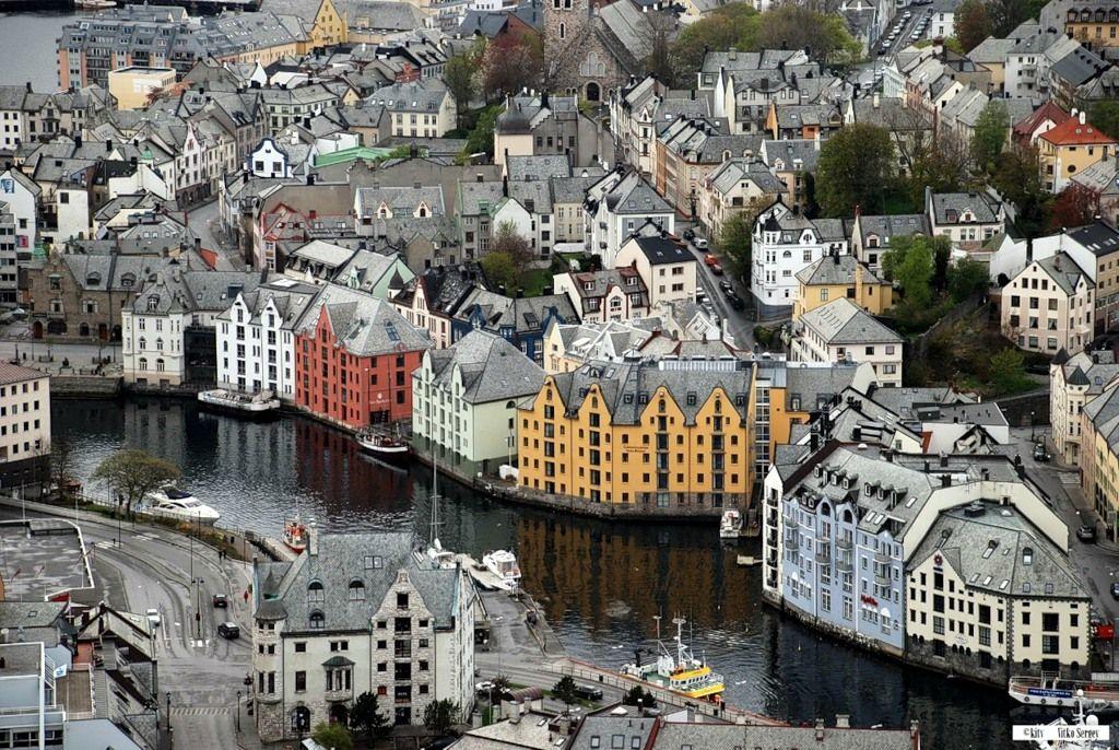 Олесунн, Норвегія