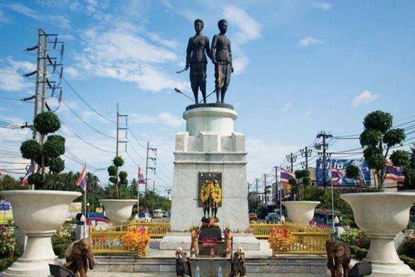 Пам'ятник сестрам Тхеп Красаттрі та Шрі Сунтон