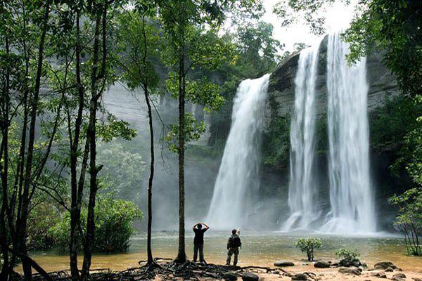 Водоспад Банг Пе
