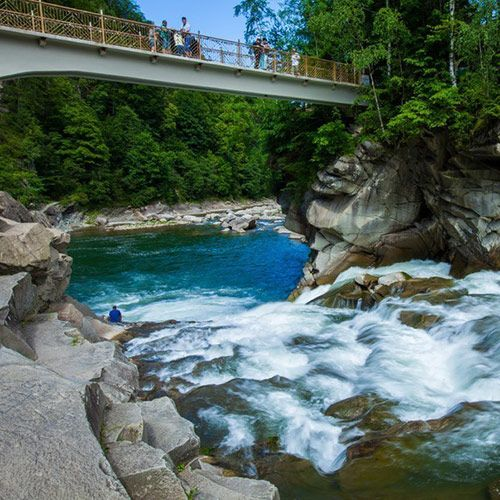 яремче, водоспад гук, екскурсії україною, гуцульські карпати, буковель