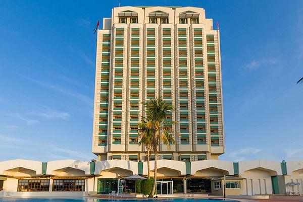 Holiday International Hotel, рейтинг готелів оае, кращі готелі оае