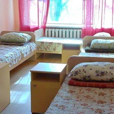 дитячий табір, оздоровчий комплекс, дитячий літній відпочинок, сонячна галявина фото
